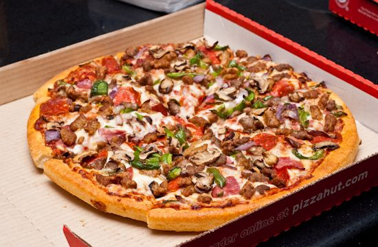 Topping Pizza Hut Super Supreme