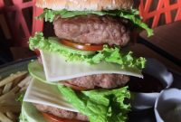 Burger Godzila Dino Steak via Detikfood