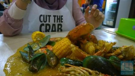 Menu Cut the Crab via Ardisaz-com