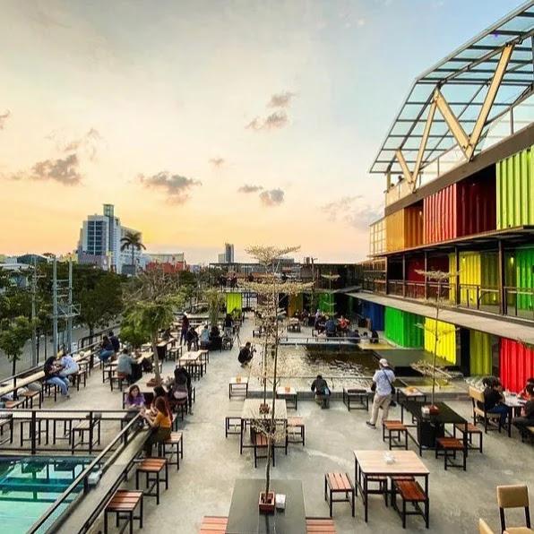 View lantai 2 Cafe Prajurit Surabaya